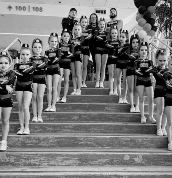 envy-cheer-team-stairs